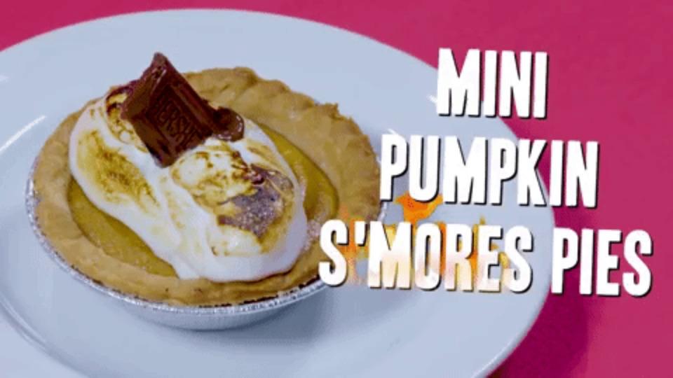 Mini Pumpkin S'mores Pies